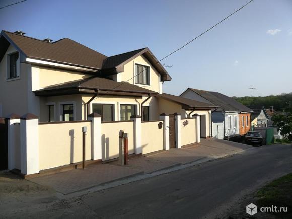 Дом 210 кв.м. Фото 1.