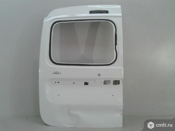 Дверь багажника левая под стекло LADA LARGUS 12- б/у 901015964R 3*. Фото 1.