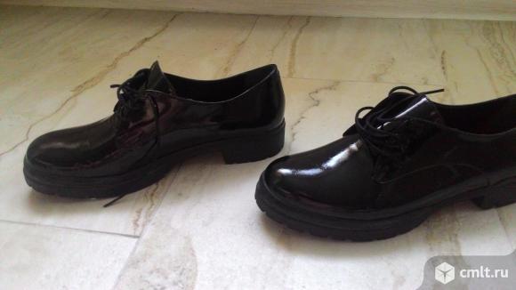 Женская обувь. Фото 1.