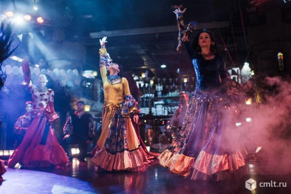 Бэк-вокалисты-танцовщики. Фото 5.