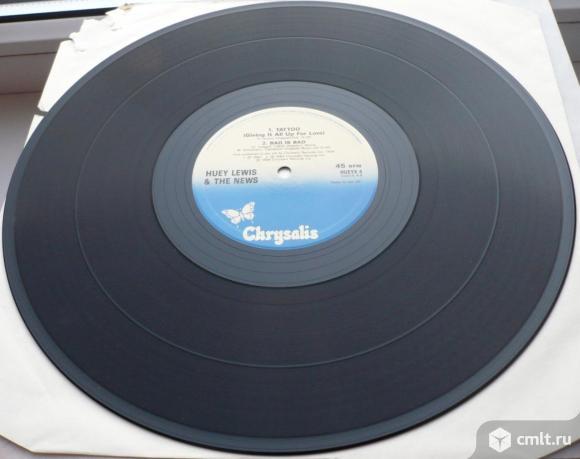 """Грампластинка (винил). 12"""" EP. Huey Lewis And The News. The Heart Of Rock & Roll. (C) 1986 Chrysalis. Фото 8."""