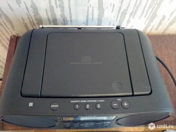 Магнитола Sony ZS-RS60BT. Фото 3.