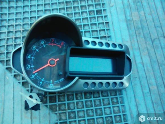 Щиток приборов для Шевроле Авео Т300. Фото 1.