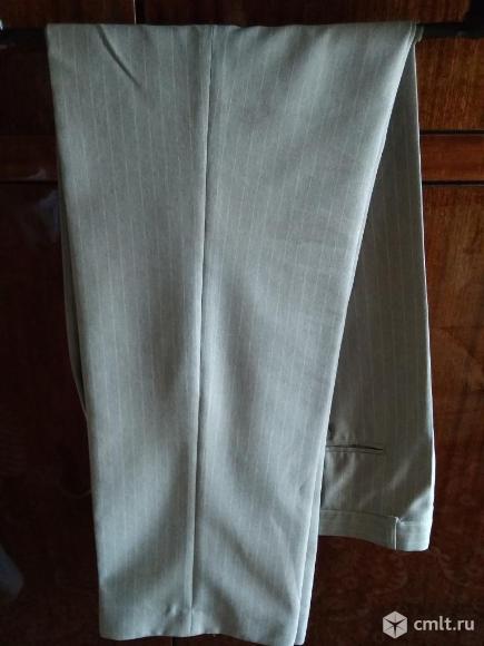 Отличный светлый костюм (размер 48-50). Фото 4.