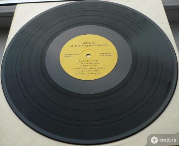 "Грампластинка (винил). Гигант [12"" LP]. Paul McCartney & Wings. Wings At The Speed Of Sound. 1976.. Фото 8."