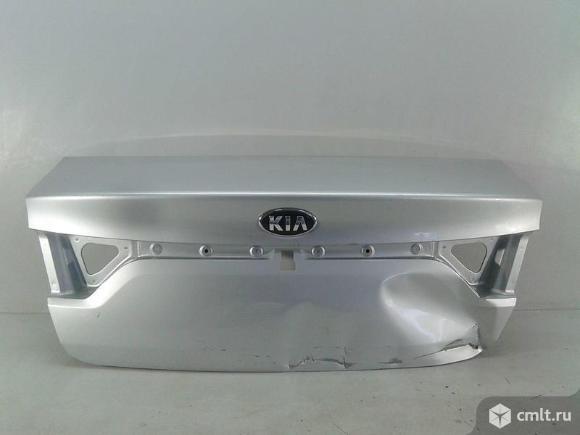 Крышка багажника KIA RIO 17- б/у 69200H0000 3*. Фото 1.