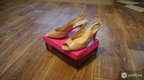 Сандали и туфли новые и б/у