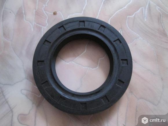 Сальник привода ВАЗ-2110-2112 правый новый. Фото 1.