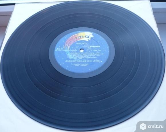 "Грампластинка (винил). Гигант [12"" LP]. Justin Hayward and John Lodge. Blue Jays. 1975 Threshold.. Фото 8."