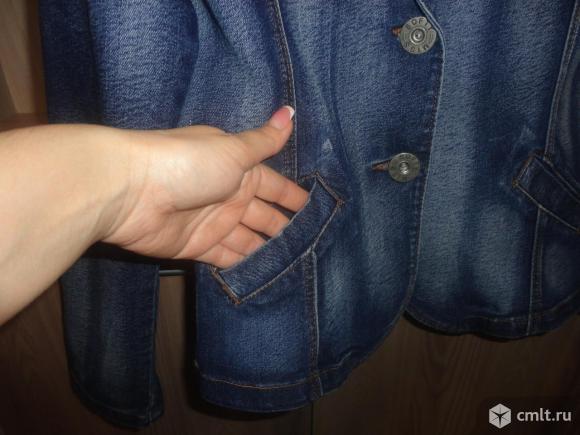 Стильный джинсовый жакет. Фото 5.
