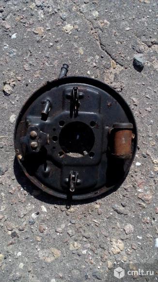 Задний тормозной цилиндр с кожухом. Фото 1.
