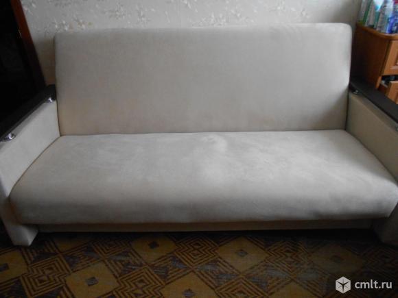 Продаётся диван. Фото 1.