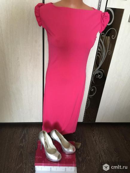Продаю итальянское брендовое платье. Фото 1.