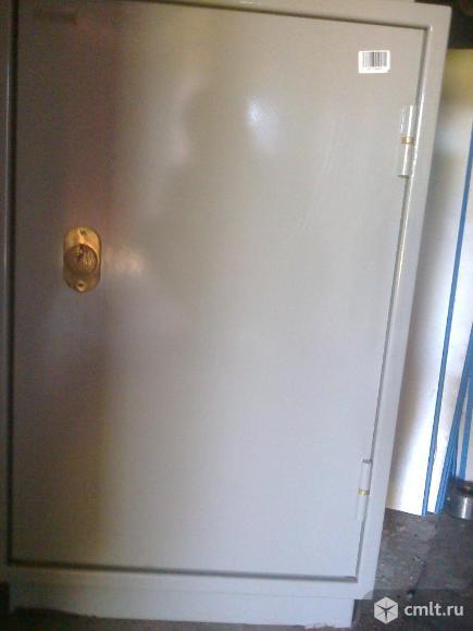 Шкафы металлические. Фото 3.