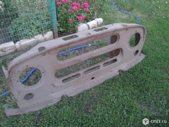 Облицовка радиатора УАЗ-469, 31512 новая. Фото 1.
