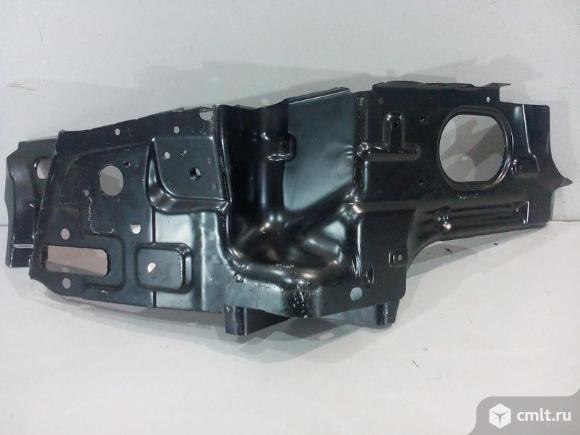 Кронштейн панели боковой кузова левый CHEVROLET AVEO T250 седан 06-11 96879750 новый оригинал. Фото 1.