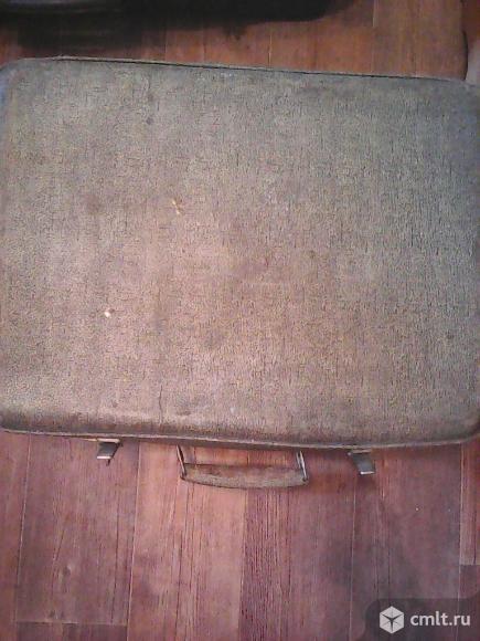 Продаётся чемодан.. Фото 1.