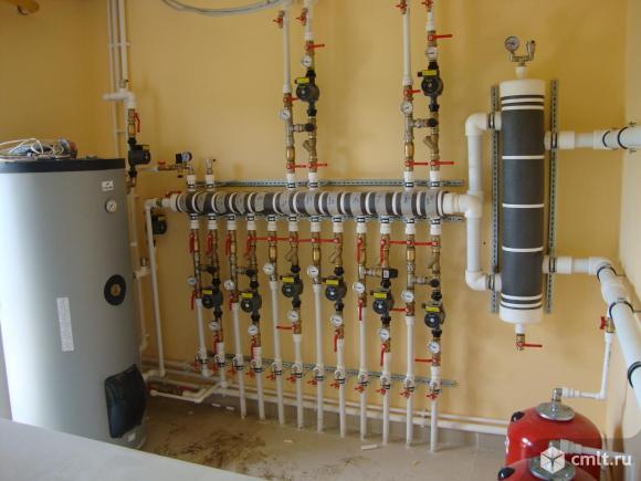 Отопление автономное аккуратно смонтируем. Водопровод