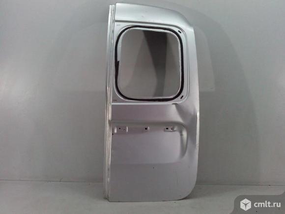 Дверь багажника правая под стекло LADA LARGUS 12- б/у 901005637R 3*. Фото 1.