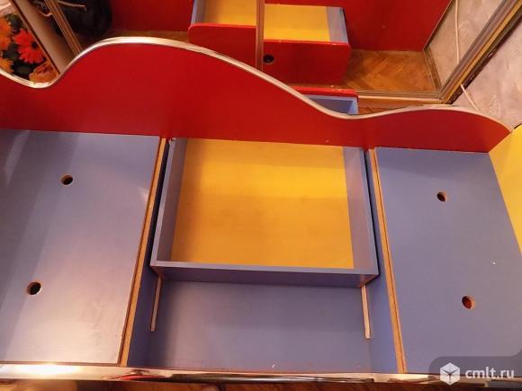Продаю детскую кровать 180*74 см. Фото 2.