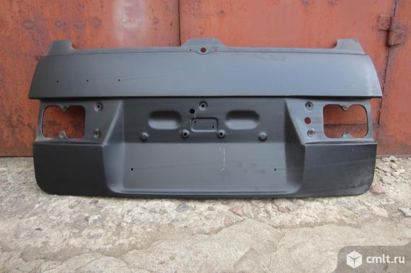 Наружная панель крышки багажника Ваз 2111,пр-ва Тольятти. Фото 1.