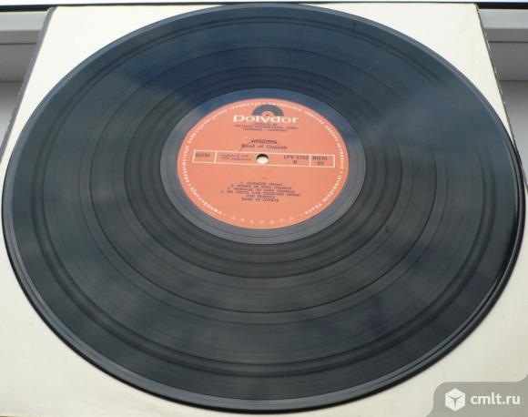 "Грампластинка (винил). Гигант [12"" LP]. Jimi Hendrix. Band Of Gypsys. 1970. RTB, 1973. Yugoslavia.. Фото 8."