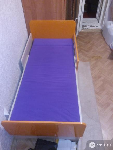 Продам кровать вырастайку Жили были