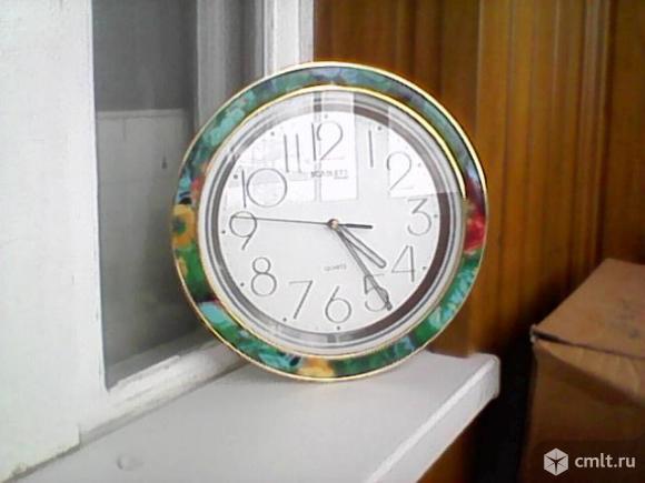 Часы. Фото 1.