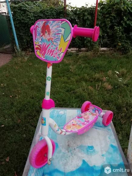 Детский трехколесный самокат Winx