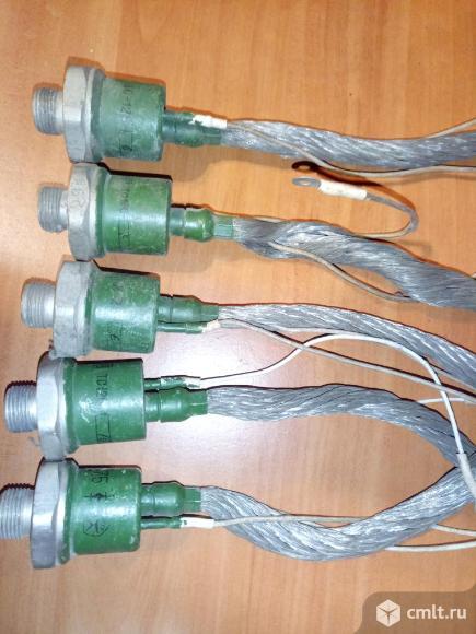 Симисторы ТС125 ( упр. диоды ). Фото 1.