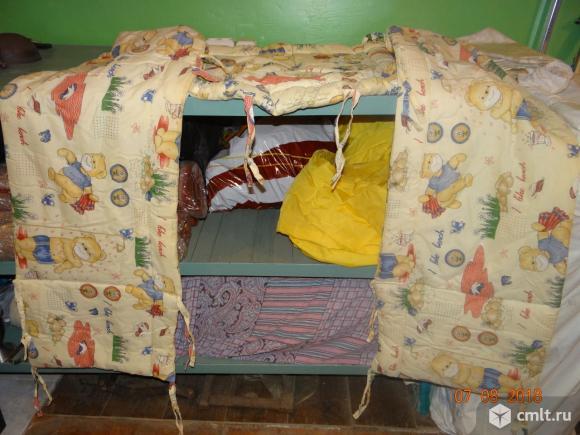 Защитная накидка для детской кроватки