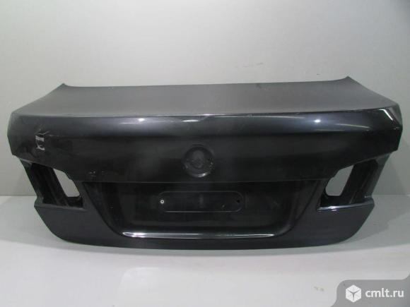 Крышка багажника BMW 5 F10 10- б/у 41627240552 4*. Фото 1.