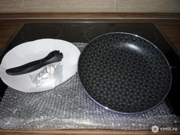 Новая сковорода 21 см. Фото 1.