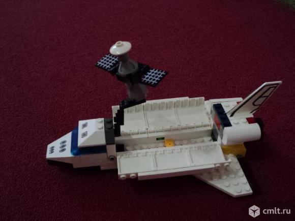 Конструктор типа лего. Фото 1.