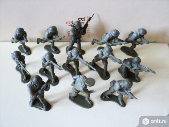 Набор солдатиков. Фото 1.