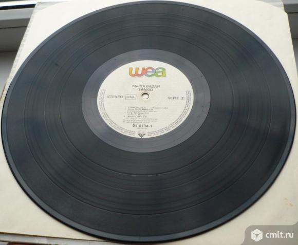 "Грампластинка (винил). Гигант [12"" LP]. Matia Bazar. Tango. 1983 WEA Musik GmbH. 24-0134-1. Germany.. Фото 9."