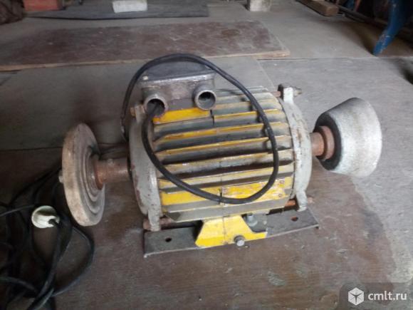 Электродвигатель многофункциональный, 220/380 В. Фото 1.