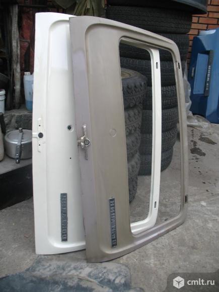 Дверь багажника для ваз2121. Фото 1.