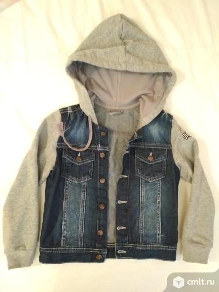 Куртка Ligas р.122 и джинсовые бриджы. Фото 1.