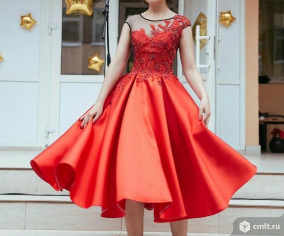 Продам красивое, пышное платье для выпускного бала (вечернее)