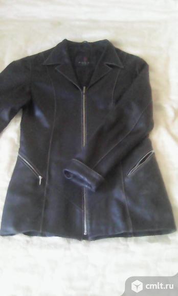 Куртка-пиджак кожаная. Фото 1.