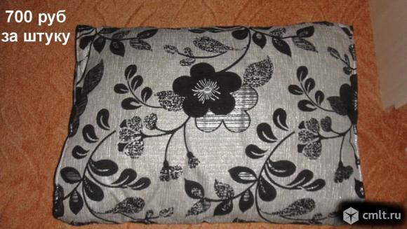 Подушки подушка для дивана(два цвета-7 шт)