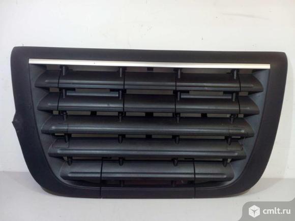 Решетка радиатора DAF FX / XF 105 06- б/у 1954514 4*. Фото 1.