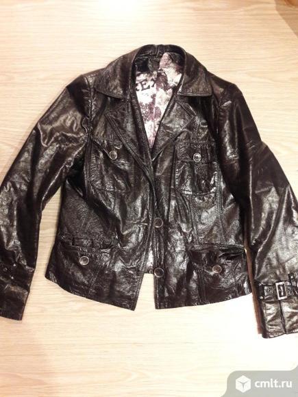 Продаю женскую кожаную куртку. Фото 1.