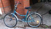 Продам надежный велосипед АИСТ, выполненный с учетом анатомии подростка. Возможность регулировки, в которую входит изменение высоты руля, седла - позволяет адаптировать модель под рост ребенка.