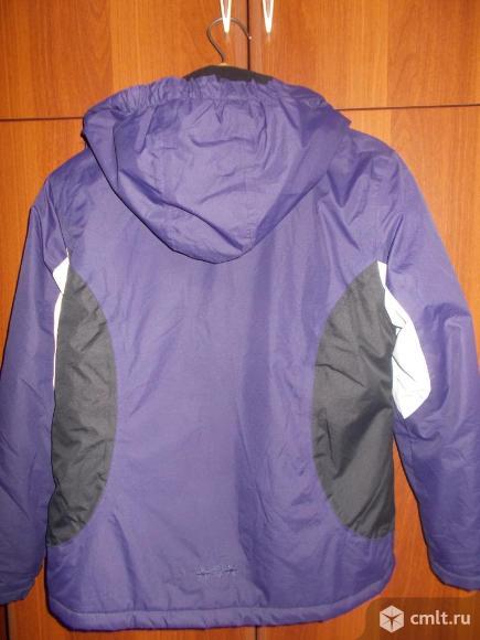 Куртка зимняя с капюшоном на рост до 158