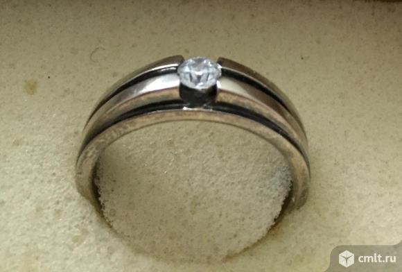 Кольцо мужское с бриллиантом. Фото 1.