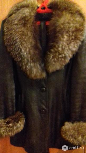 Женская кожаная куртка. Фото 1.