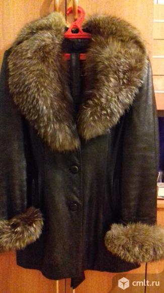 Женская кожаная куртка. Фото 3.