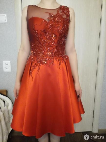 Платье выпускное вечернее. Фото 1.